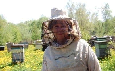 Ulla Lachauer bei Gala Bechterevas Bienen in Trakehnen